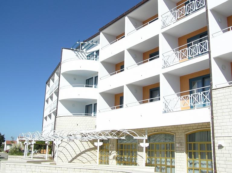 Hotel Alba – Sveti Filip i Jakov (2)